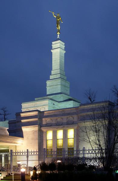 LouisvilleTempleTwilight2.jpg