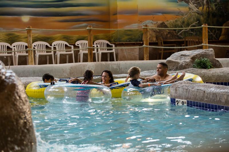 Country_Springs_Waterpark_Kennel-5002.jpg
