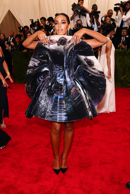 """. Solange Knowles arrives at The Metropolitan Museum of Art\'s Costume Institute benefit gala celebrating \""""China: Through the Looking Glass\"""" on Monday, May 4, 2015, in New York. (Photo by Charles Sykes/Invision/AP)"""