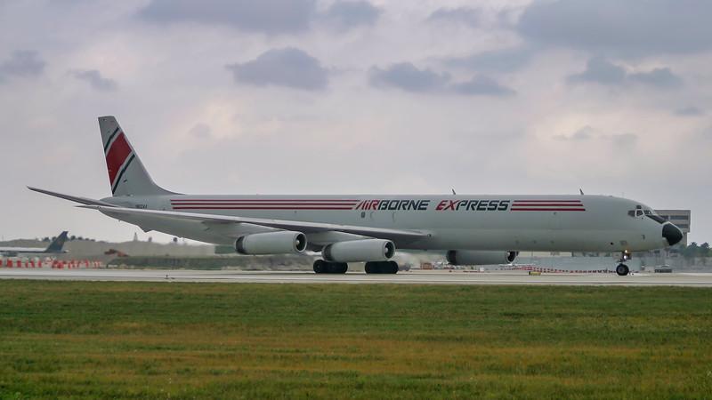 N812AX. Douglas DC-8-63F. Airborne Express. Miami. 081202.