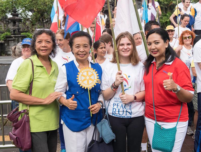 20170131_Peace Run Denpasar w_ViceGov_219.jpg
