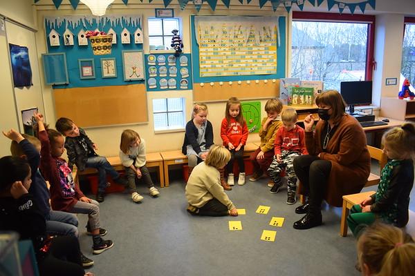 Groep 4: bezoek van juf Ria ( eerste leerjaar)