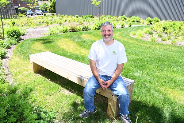 Bench dedicated to George Ferris - 061021