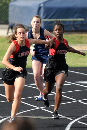 2010 girls' district track meet