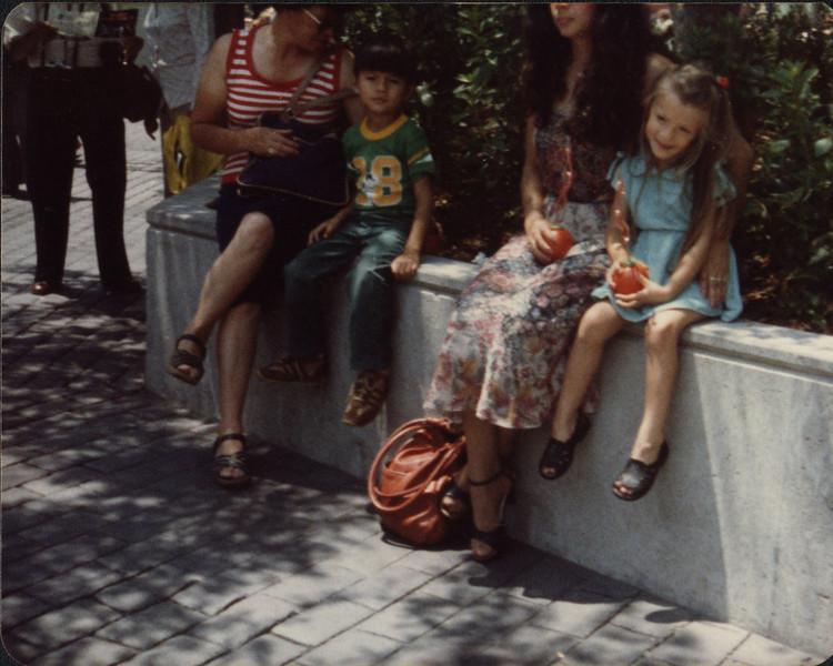 1979 Disneyland-06.jpg