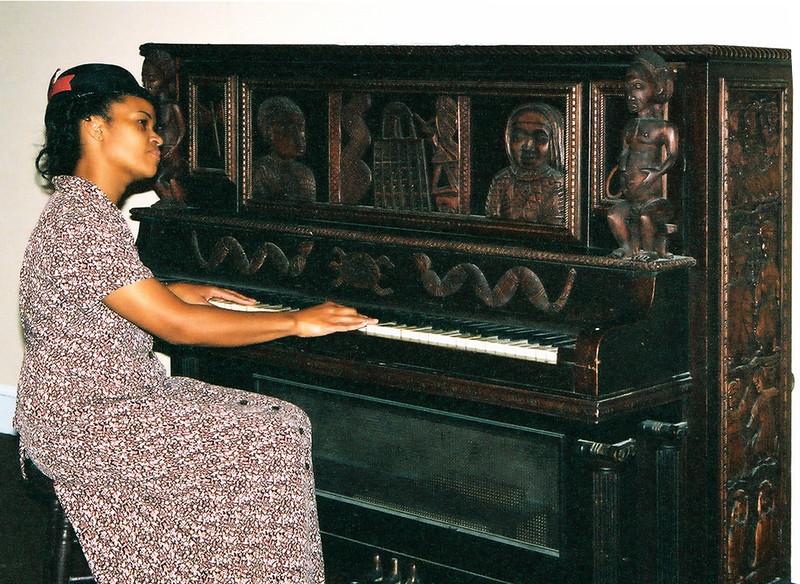 Piano Lesson02.jpg