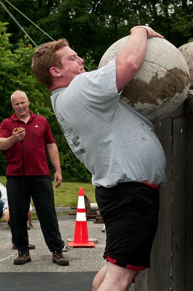 Fitness Revolution Strongman Challenge 2011_ERF4462.jpg