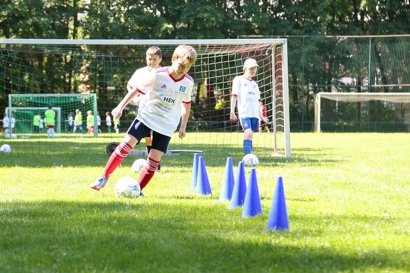 hsv_fussballschule-313_48048026112_o.jpg