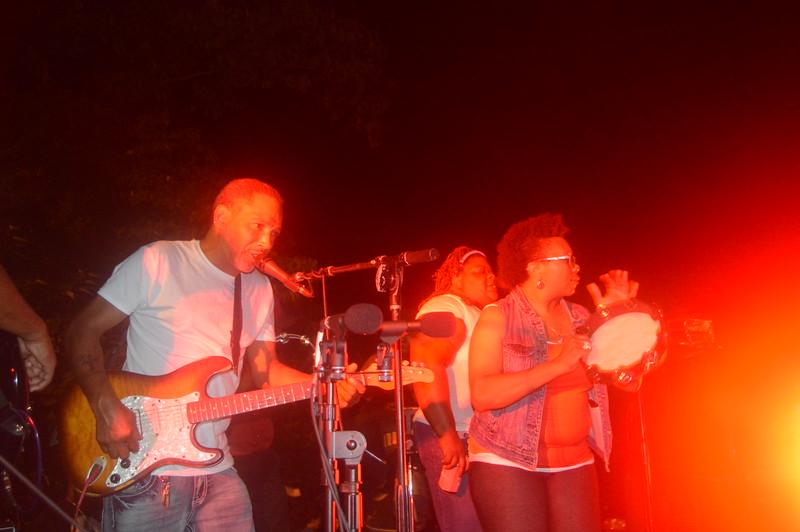 161 Duwayne Burnside Band.jpg