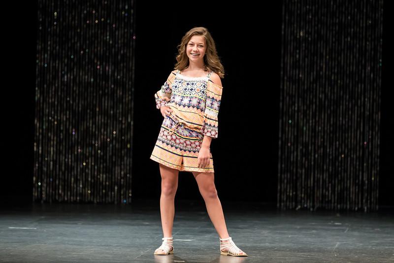 Miss_Iowa_Youth_2016_104044.jpg