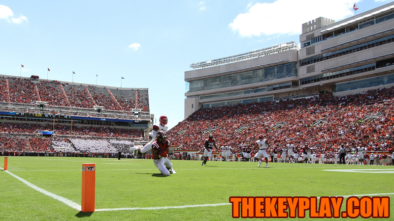 Bucky Hodges falls to the endzone with the ball right before halftime to put the Hokies up by double digits. (Mark Umansky/TheKeyPlay.com)
