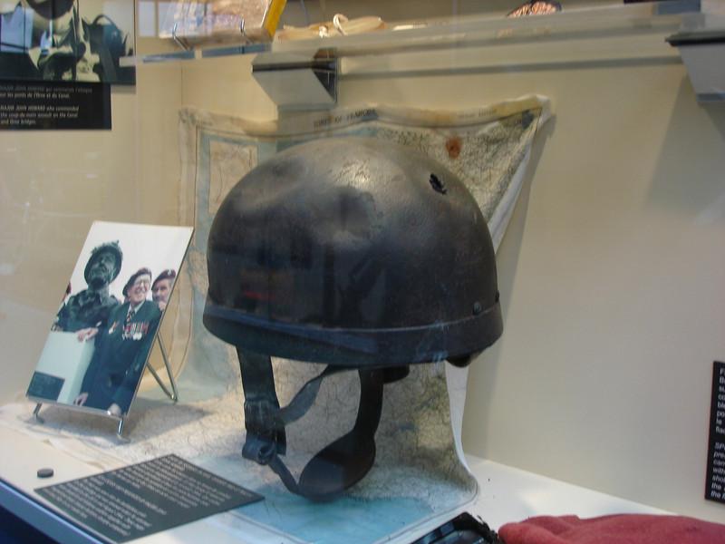 Helm van Major Howard