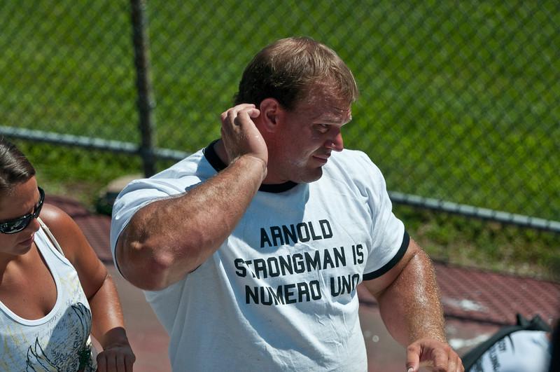 Strongman2009_Derek_DSC1409-1.jpg