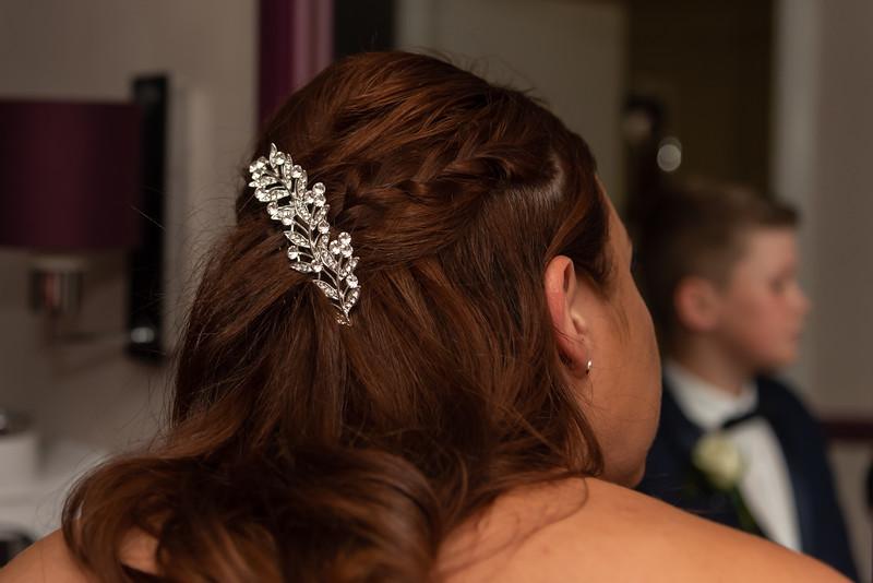 01 Bridal Prep-137.jpg