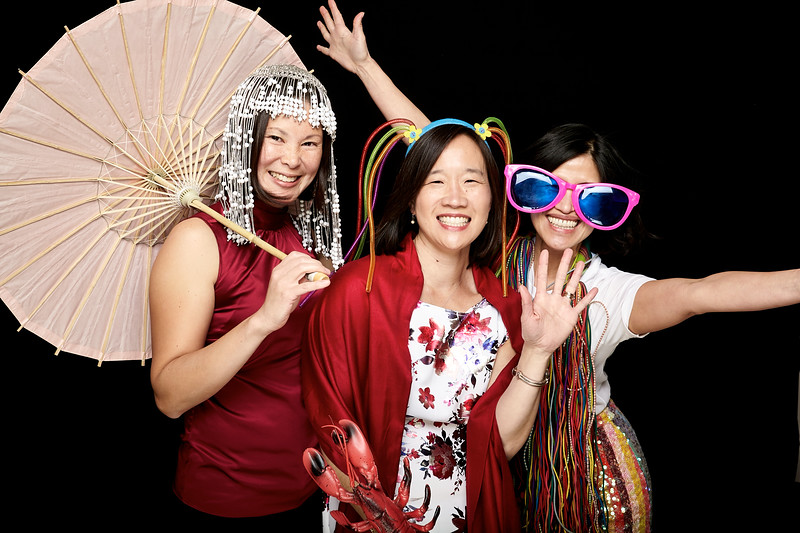 Endocrine Clinic Holiday Photo Booth 2017 - 005.jpg