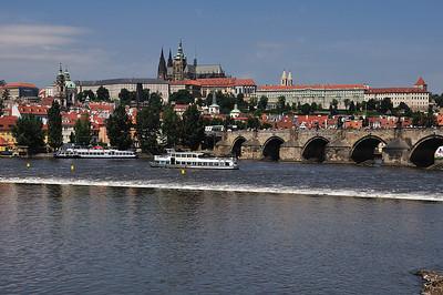 Walk through Prague and the boat trip
