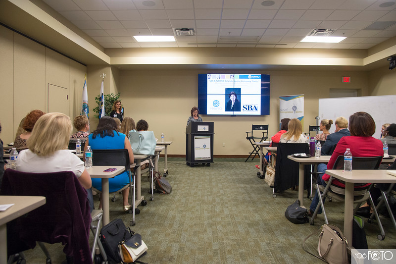 20160913 - NAWBO September Lunch and Learn by 106FOTO- 022.jpg