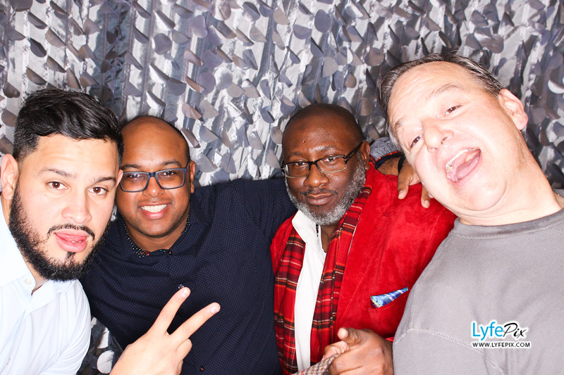 red-hawk-2017-holiday-party-beltsville-maryland-sheraton-photo-booth-0256.jpg