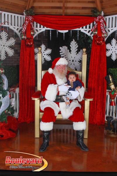 Santa 12-10-16-330.jpg