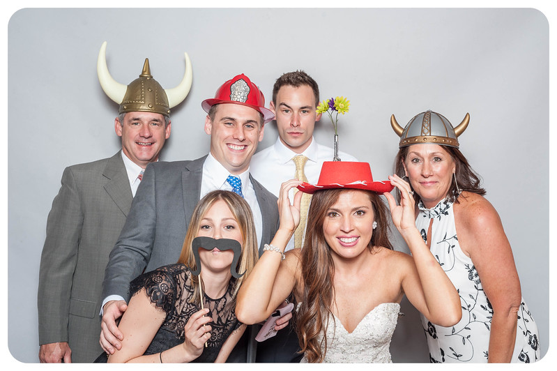 Tim+Olivia-Wedding-Photobooth-38.jpg
