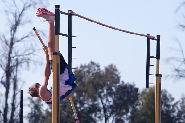 Josh Pole Vaulting @ Poway High - Palomar League Prelims - 2012-05-08