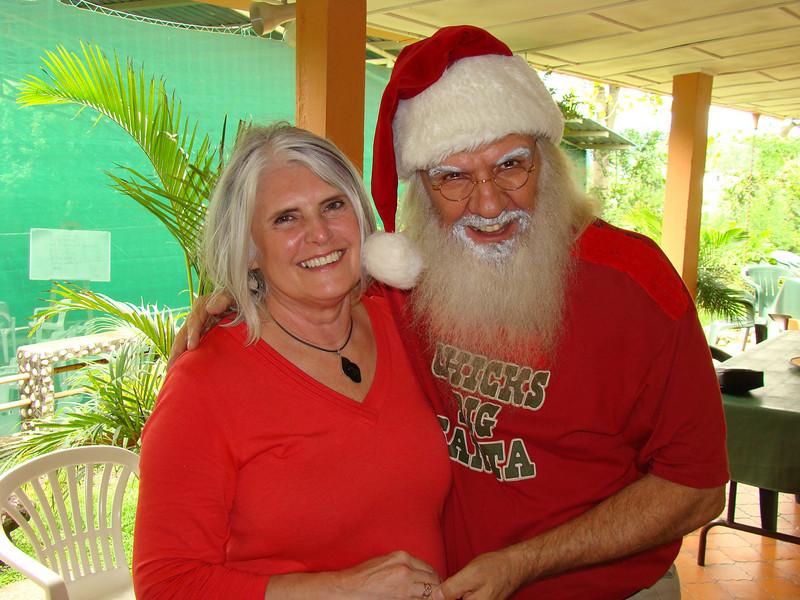 Margaret Aliff & Dennis Robillard - Escazu, Costa Rica = 2010