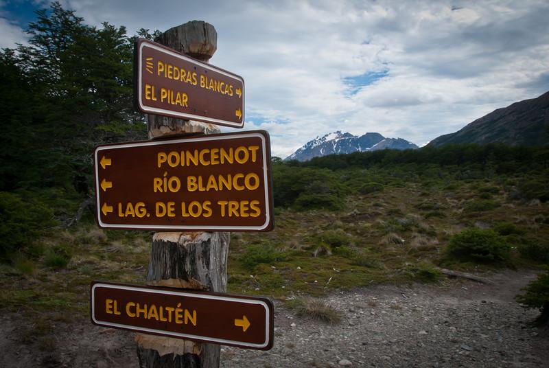 El Chalten 201112 Laguna de los Tres Hike (74).jpg