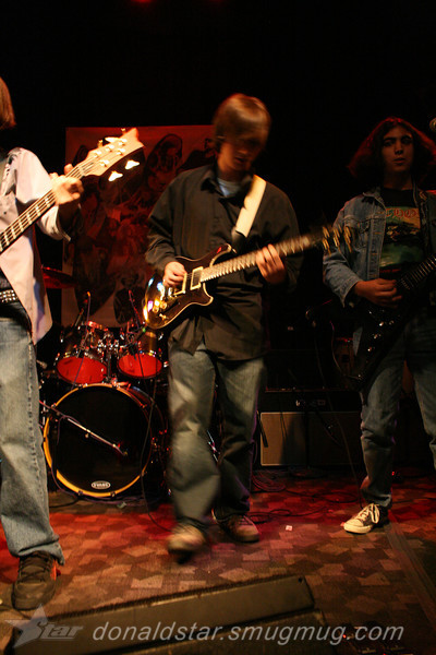 Paden Mullins Guitar at the 8 by 10 baltimore 2007 026.JPG