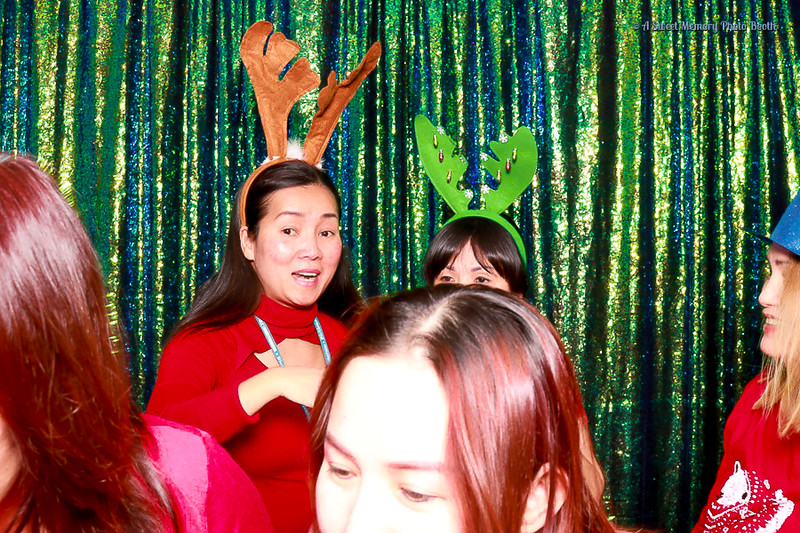 Medtronic Holiday Party -87.jpg