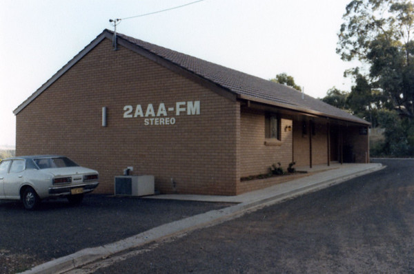 1983: The first months at the new studios