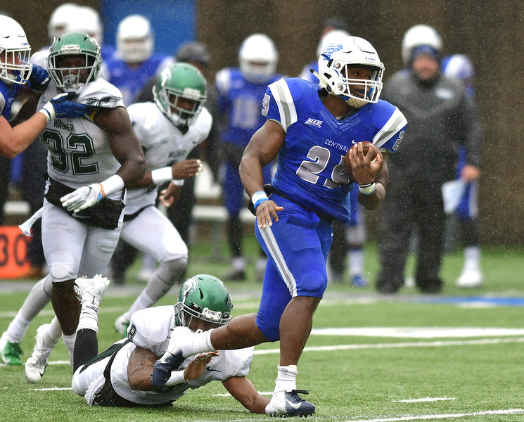 10/27/2018 Mike Orazzi   Staff CCSU's Aaron Dawson (29) with a  TD run during Saturday's football game in New Britain with Wagner.