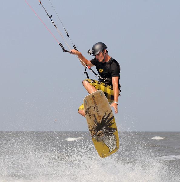 Kiteboarding_7.jpg