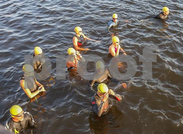 Swim Photos Start -- First Wave 0807 - 0808