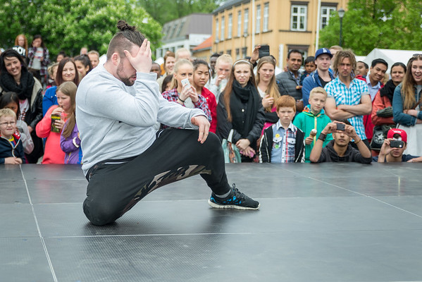 Raw-dancestudio torvet (25 mai 2014)