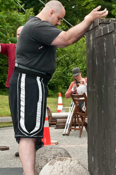 Fitness Revolution Strongman Challenge 2011_ERF4465.jpg