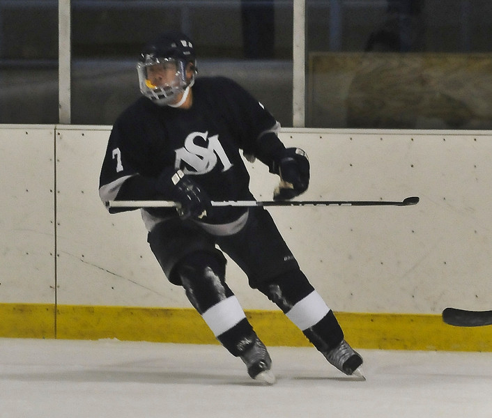 boys jv hockey-2.jpg