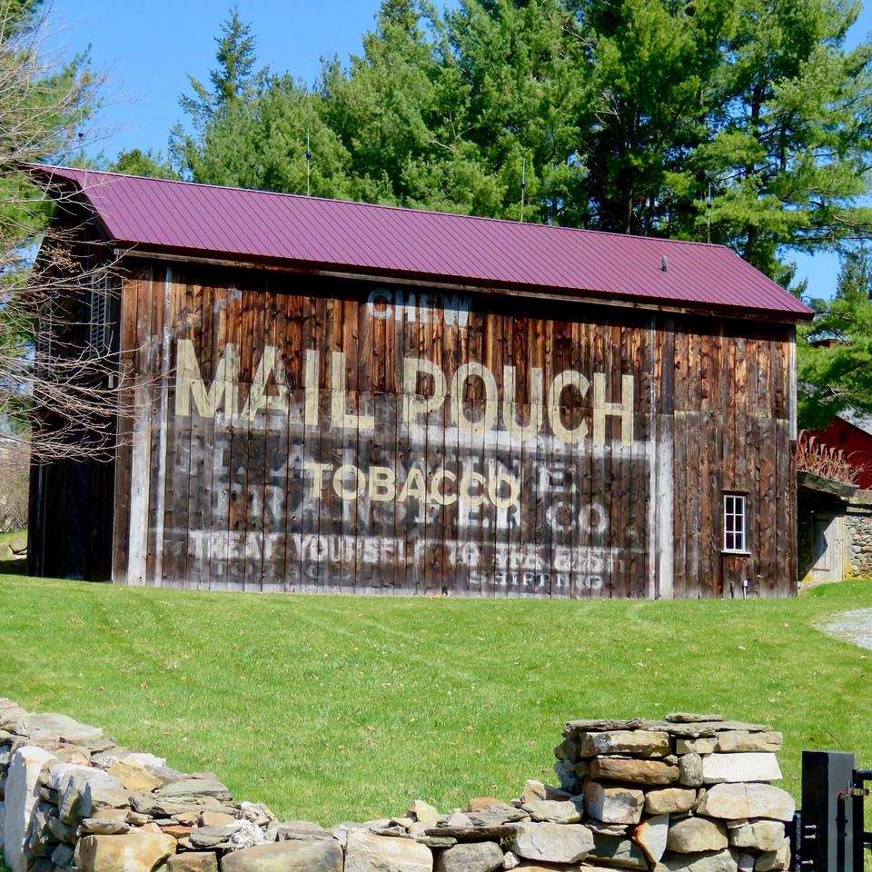 mail pouch tobacco barn duchess county new york