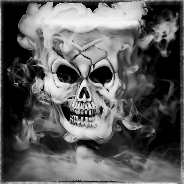 smokey skull.jpg