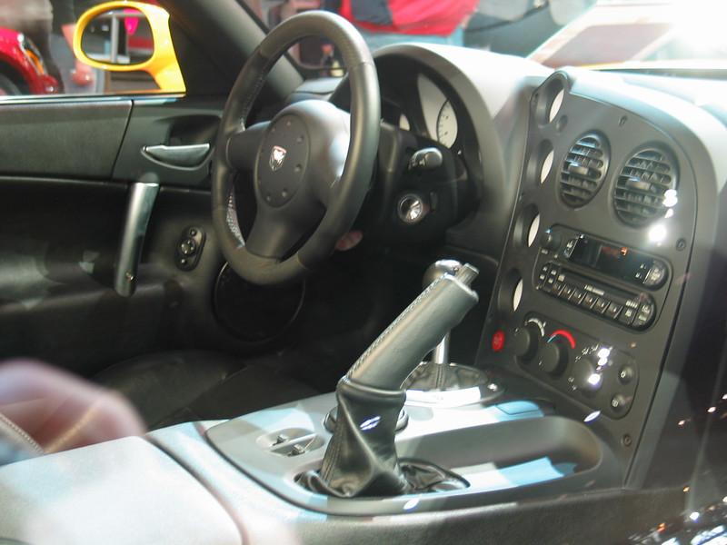 Dodge Viper SRT10 (interior)