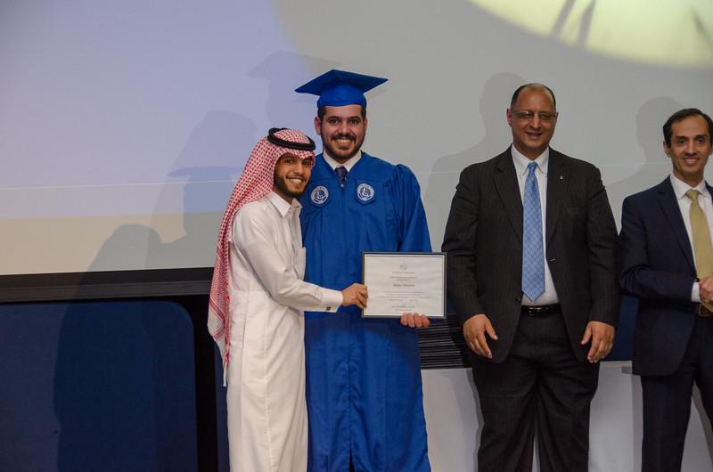 GraduationPhotos_Etnier-26.jpg