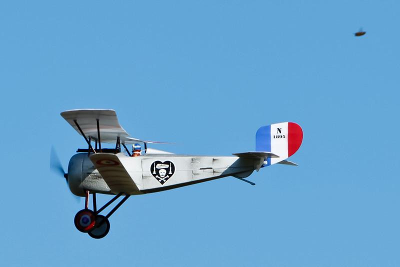 FZ_Nieuport17_18.jpg
