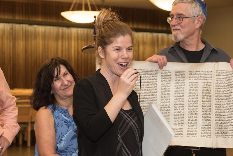 Simchat Torah4660.jpg