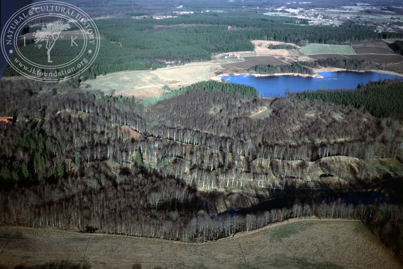 Andrarums [-verk or -bruk], place for alum mining and manufacturing with buildings from the alum production and slag mounds (20 November, 1988). | LH.0293