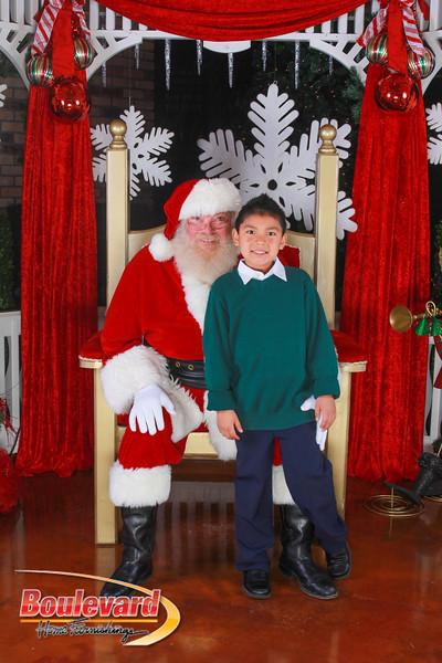 Santa 12-10-16-259.jpg