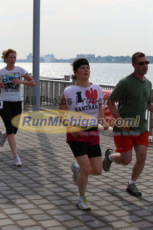 Finish Gallery 2 - 2013 River Days 5K