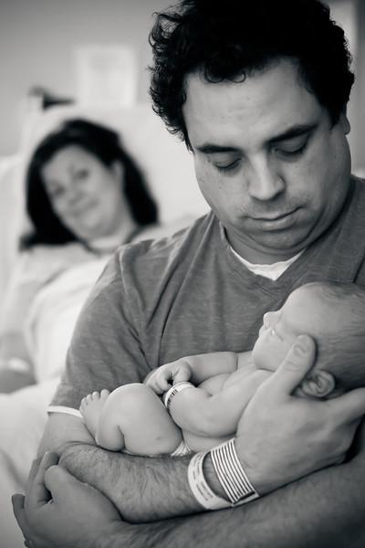 Alana, Blair and baby Logan BIRTH-303.jpg