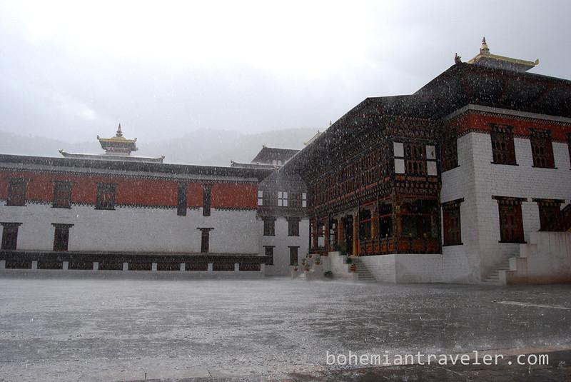 Tashichho Dzong in Thimphu Bhutan rain.jpg
