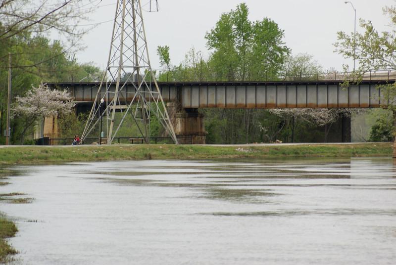 Riverfront Park Walk 140.jpg