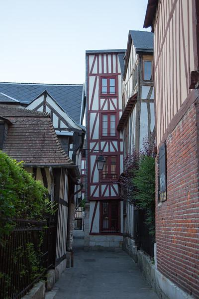 Rouen- France - Jul 2013- 056.jpg