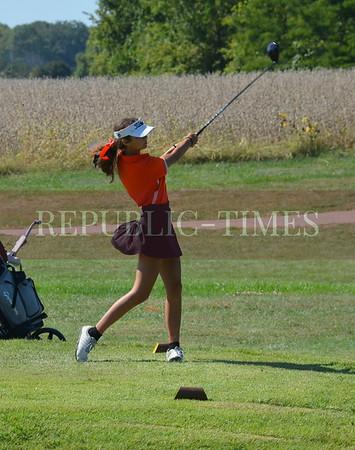 Girls Golf Sectional at Acorns - Oct. 4, 2021